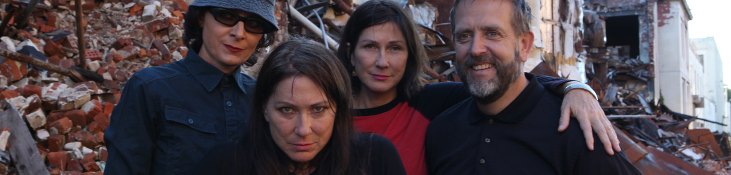 The Breeders - Last Splash Turns 20. The Breeders Reunite For Shows In The US And Europe