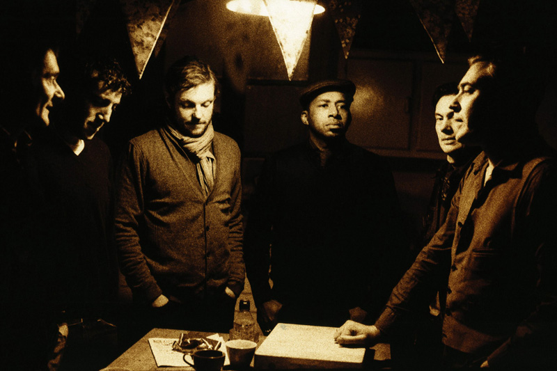 Tindersticks - tindersticksfallingdownamountainreleasedtoday