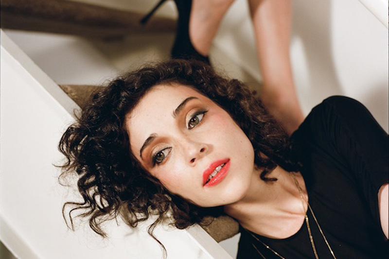 St. Vincent - stvincentrevealsfirstsongfromnewalbumasfreemp3